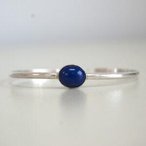 Zilveren armband met ovale Lapis Lazuli edelsteen | Zomercollectie 2021-2